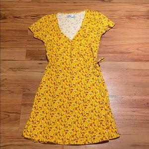 Juniors hollister wrap dress